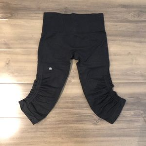 Like new Lululemon in the flow crop without tags.